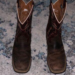 Justin brown cowboy boots